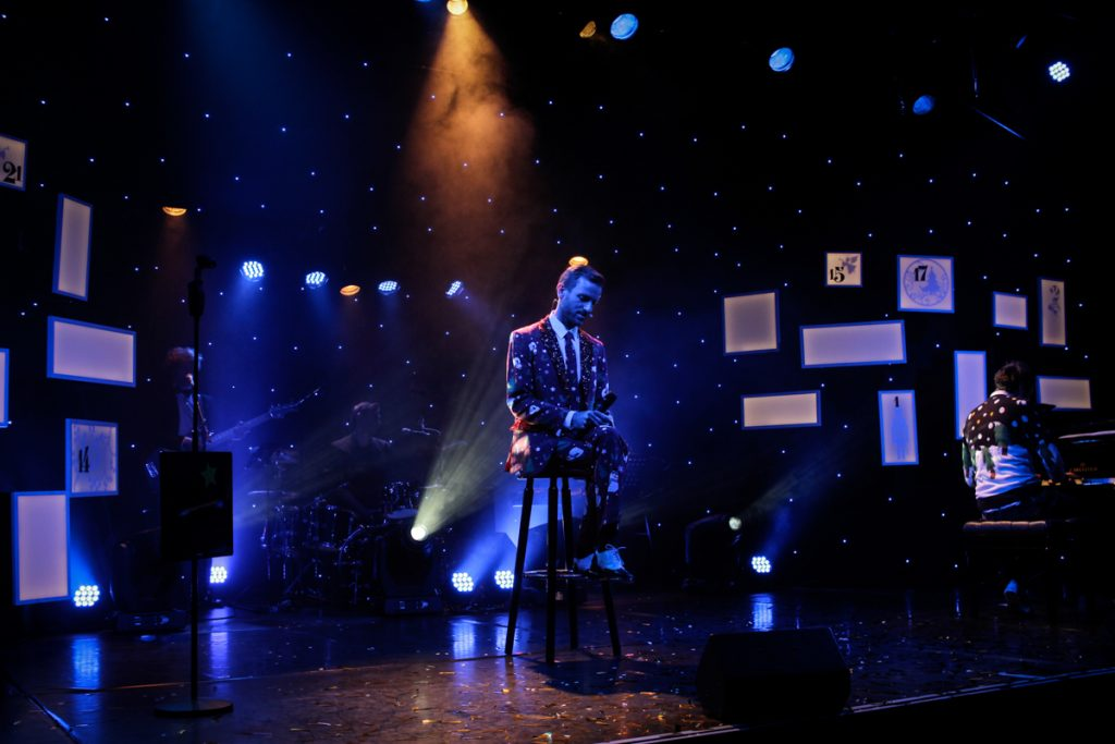 Die große Ass-Dur Weihnachtsshow - Bühnenbild - Ivan Ivanov - Tipi am Kanzleramt-Berlin